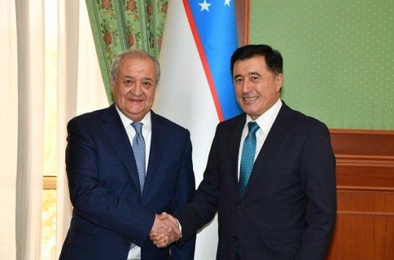 Глава МИД Узбекистана и Генсек ШОС рассмотрели вопросы участия организации в форуме в Ташкенте
