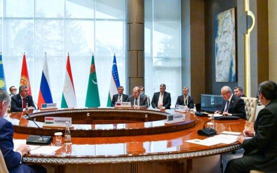Вице-премьер Рашид Мередов поучаствовал в переговорах формата «ЦА- Россия»
