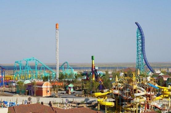 Глава правительства Казахстана принял участие в открытии первого в стране тематического парка