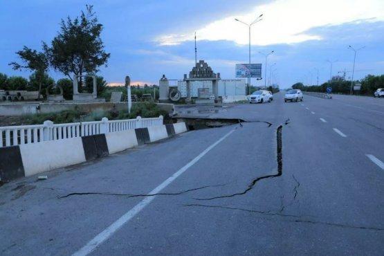 В Узбекистане начали устранять последствия наводнения
