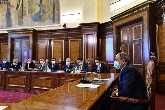 В правительстве Армении обсудили реализацию ряда инвестиционных проектов в Ереване