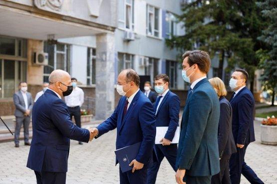 В Молдову прибыла очередная партия вакцин из Румынии на безвозмездной основе
