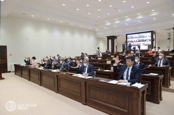 Депутаты Узбекистана поддержали закон о введении обязательной вакцинации населения