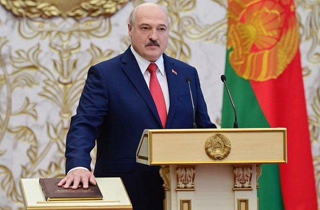 Президент Белоруссии распорядился дать адекватный ответ очередным санкциям Запада