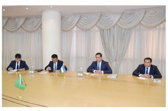 Туркменистан и Узбекистан обсудили расширение сотрудничества в различных сферах