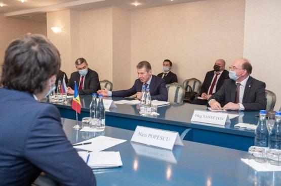Санду обсудила с Козаком вопрос поставки природного газа в Молдову