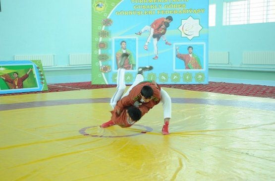 В спортивных школах Дашогузского велаята провели работы по обустройству