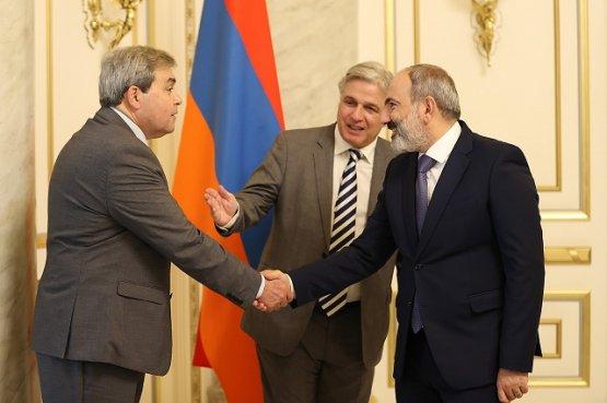 Премьер-министр Армении и глава МИД  Уругвая обсудили перспективы сотрудничества