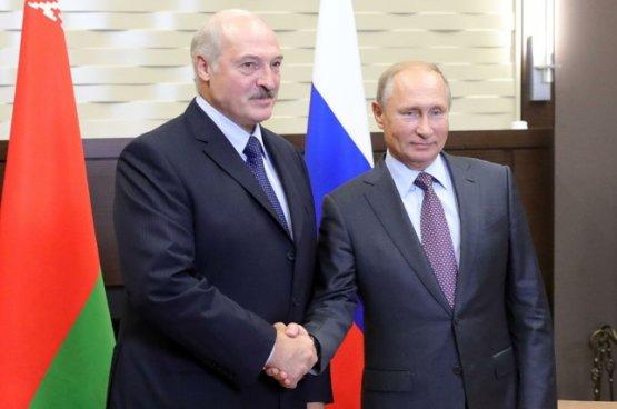 Лукашенко и Путин по телефону сверили часы по актуальным вопросам региона