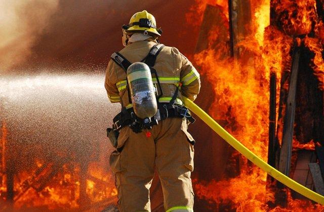 На базовой единице «КазМунайГаз» в Мангистауской области произошёл пожар