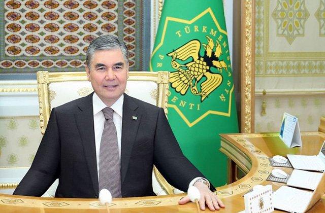 Президент Туркменистана обсудил с хякимами подготовку к заседанию Халк Маслахаты