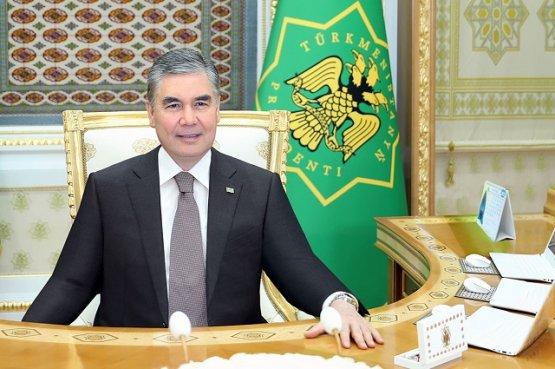 Туркменский лидер поручил активнее продвигать отечественные товары за рубежом