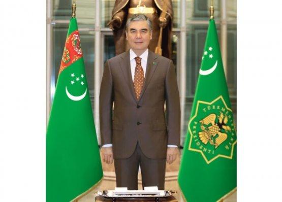 Члены совета безопасности Туркменистана удостоены государственных наград и высоких званий