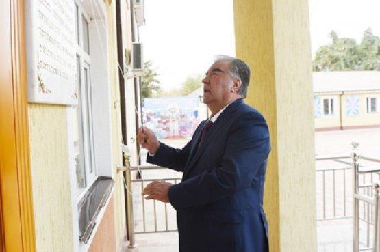 Глава Таджикистана выразил благодарность жителям Хатлонской области