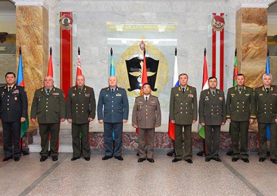 Заседание Комитета начальников штабов Вооруженных сил государств-участников СНГ прошёл в Петербурге.