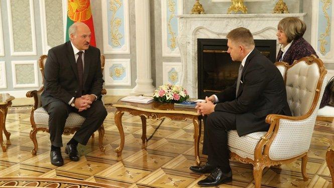 Лукашенко поблагодарил премьера Словакии занормализацию отношений Беларуссии сЕС