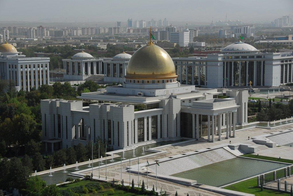Бердымухамедов иМирзиеев потелефону обсудили перспективы туркмено-узбекского сотрудничества