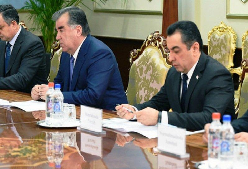 Лидер нации Эмомали Рахмон принял руководителя Миссии МВФ поТаджикистану Пола Росса