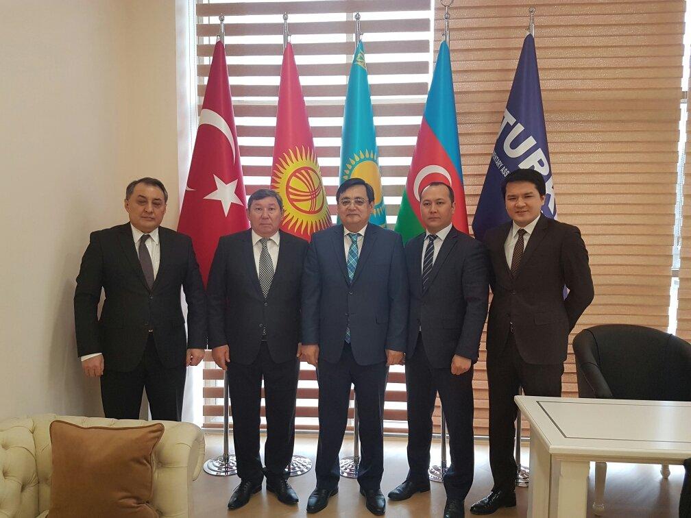 Медведев рассказал об укреплении связей рф и киргизии