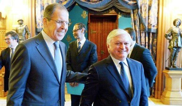 Руководитель МИД Армении посетит софициальным визитом РФ