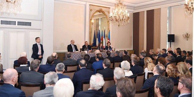 Встолице франции состоялась церемония официальной встречи Президента Азербайджана