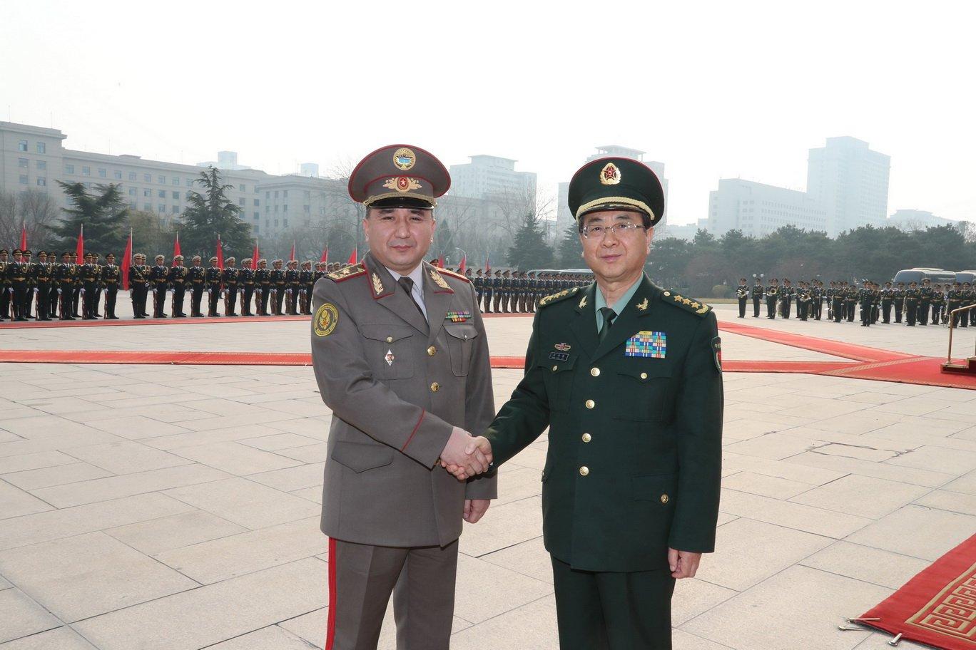 КНР предоставит Киргизии военную помощь практически на830 млн руб.