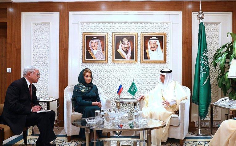 Монарх  Саудовской Аравии поддержал сотрудничество сРоссией