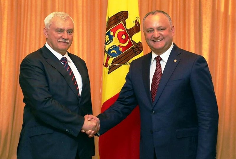 Игорь Додон планирует открыть вПетербурге консульство Молдавии