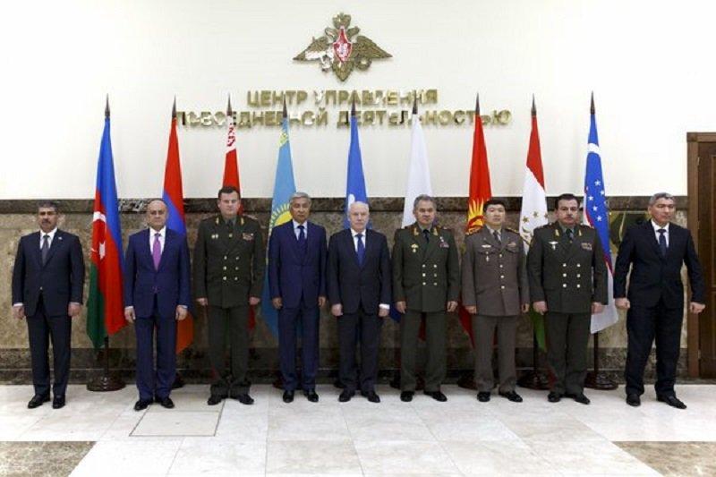 Сергей Шойгу обсудит вДушанбе безопасность южных границ СНГ