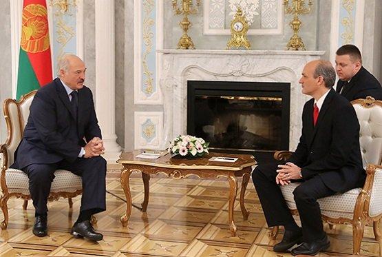 Лукашенко: в2018-м начнем реализовывать дорожную карту сВенесуэлой