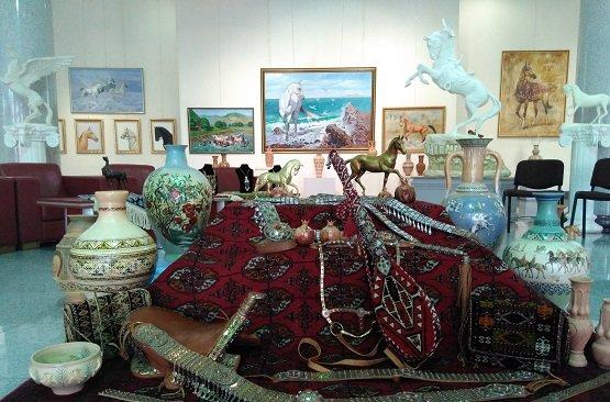 ВАшхабаде выберут лучшего коня— Праздник туркменского скакуна